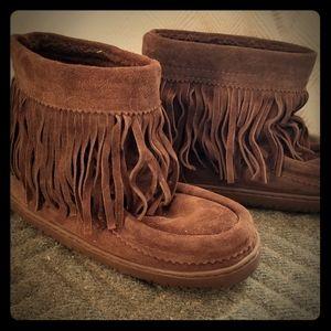 Manitobah Mukluks Brown Short Tassel Ladies 7